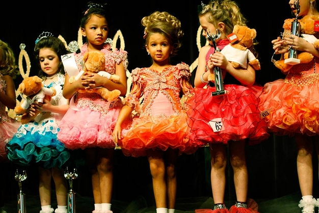 Tiny tots at the Southern Celebrity Beauty Pageant in Charleston, West Virginia as seen in Toddlers & Tiaras.TLC/Rebecca Drobis - Friday, January, 23, 2009, 10:23 PM