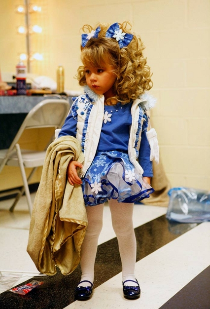 Daylee (age 2) backstage at the Southern Celebrity Beauty Pageant in Charleston, West Virginia as seen in Toddlers & Tiaras.TLC/Rebecca Drobis - Friday, January, 23, 2009, 10:23 PM