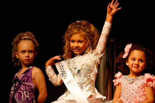 Destiny (age 5) competes in the Southern Celebrity Beauty Pageant in Charleston, West Virginia as seen in Toddlers & Tiaras.TLC/Rebecca Drobis - Friday, January, 23, 2009, 10:23 PM